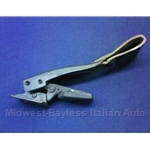 Targa Top Latch - Rear (Lancia Beta Zagato All) - U8