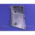 Nose Band Plastic Panel Front Right (Lancia Scorpion) - U8