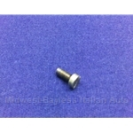 Throttle Butterfly Fastening Screw (Fiat 124 Spider, Brava, X19, Strada, Lancia w/FI 1980-On) - U8