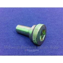Valve Cover Thumb Nut DOHC (Fiat 124, 131, Lancia) - RECONDITIONED