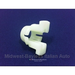 Gearshift Lever Retaining Clip (Fiat 131) - OE NOS